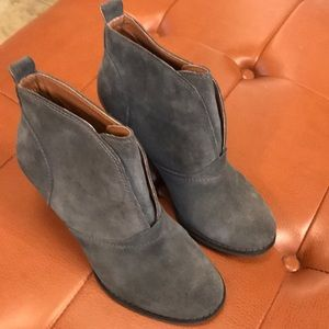 Lucky Brand 6.5 Gray Suede ankle boot.Worn 1 time